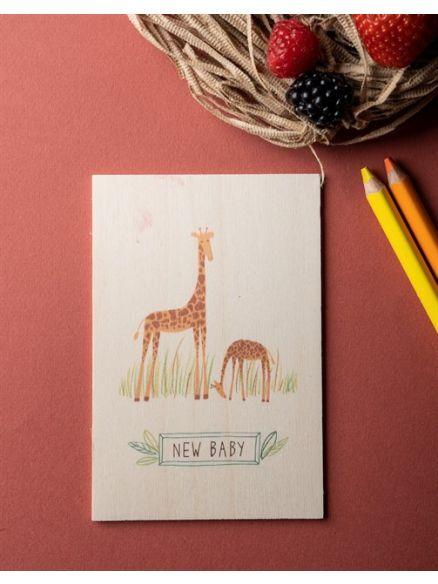 """Ξύλινη Κάρτα """"GIRAFFES NEW BABY"""""""