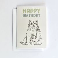 https://dodoandberries.com/pub/media/catalog/product/cache/d192bb0fdd00b28cb40749246642e581/h/a/happy_birthday_bear1.jpg