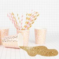https://dodoandberries.com/pub/media/catalog/product/cache/d192bb0fdd00b28cb40749246642e581/p/a/paper-straws-light-pink-and-golden_2_.jpg